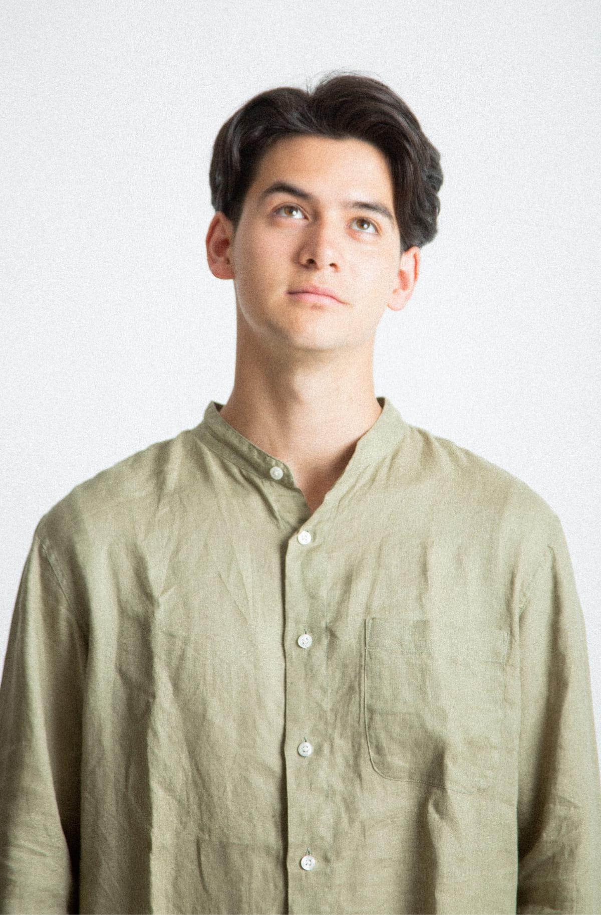 写真:男性モデル